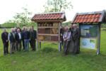 Insektenhotel vom Biotop-Fonds in Ahlde aufgestellt